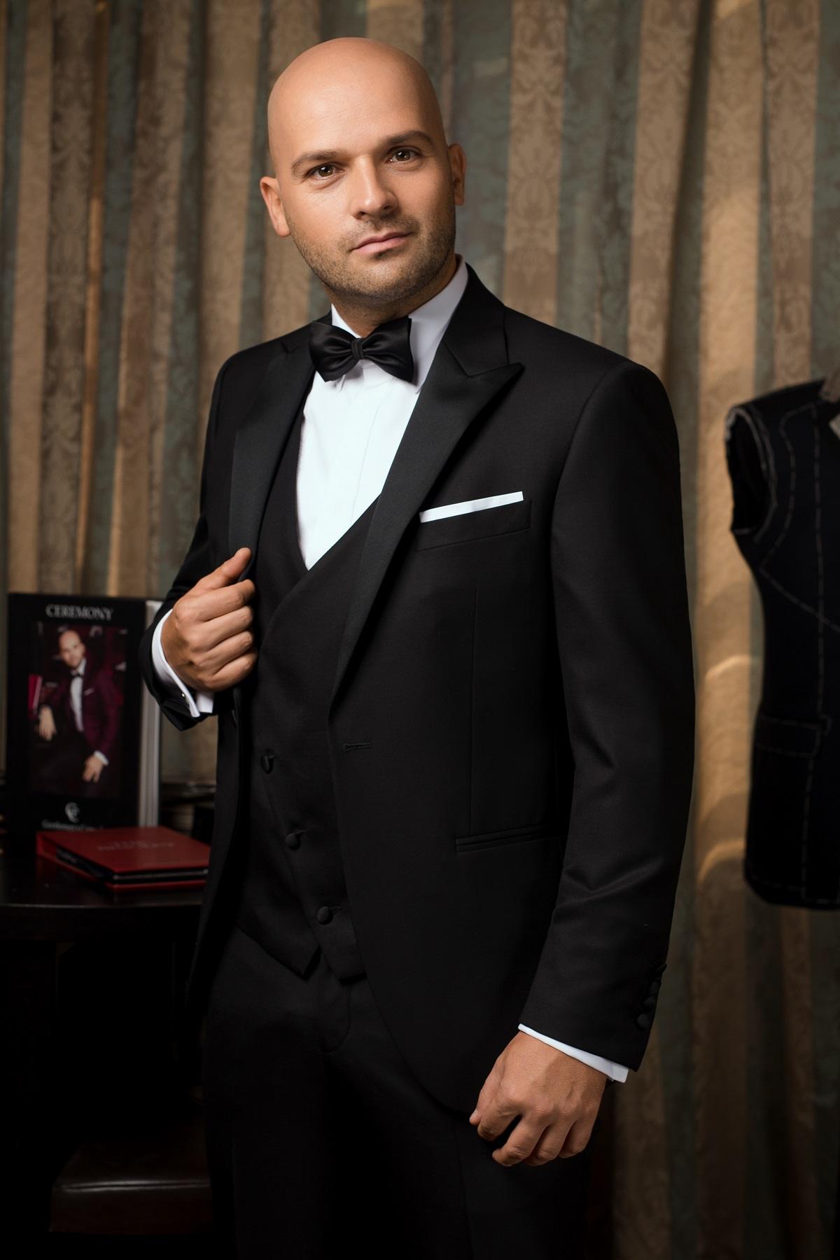 Costum barbati ceremonie negru Gentlemen`s Corner - Ambassador