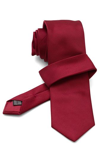 Gentlemen`s Corner Garnet Silk Tie