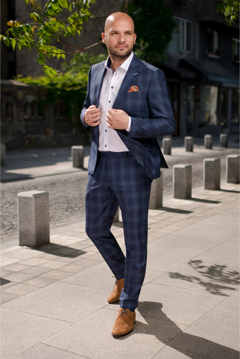 Gentlemen`s Corner Light Blue Check Blue Suit